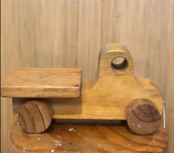 Wooden Pull along Vehicle